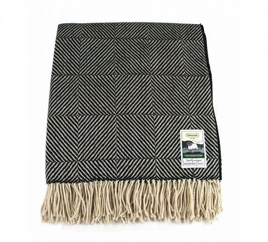 Glencroft travel rug black square herringbone