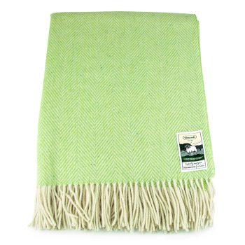 Light lime green herringbone pattern travel rug