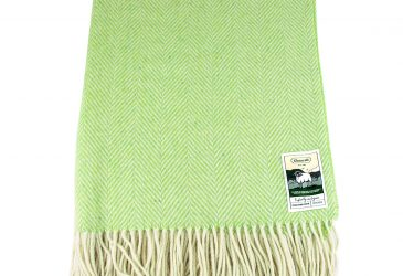 Light lime green herringbone pattern travel rug