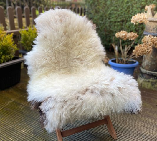 FB untrimmed kempy badger chair
